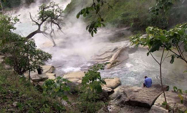 boiling-river-2